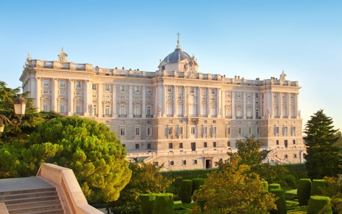 Stedentrip Madrid - Het Koninklijk Paleis.jpg