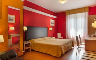 Tweepersoonskamer met double bed hotel Berlino in Milaan