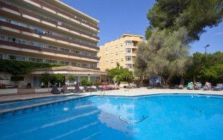 Buitenzwembad van Hotel Ipanema Park op Mallorca