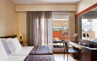 Tweepersoonskamer van hotel Derby in Barcelona