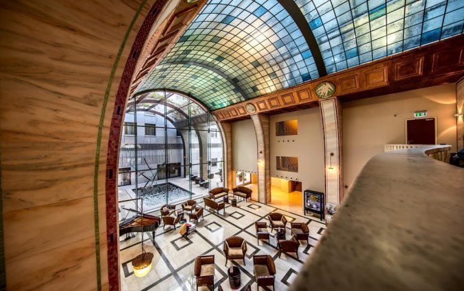 Entree van Hotel Continental in Budapest