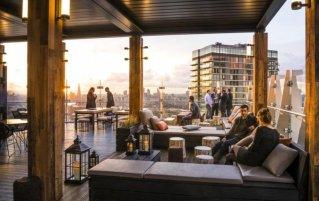 Terras van Hotel Novotel Canary Wharf in Londen
