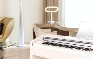 Lounge met piano van Hotel NHow in Berlijn