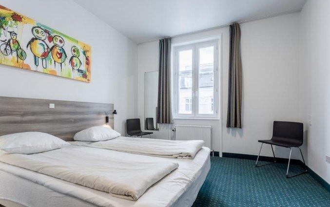 Tweepersoonskamer van hotel Copenhagen Star in Kopenhagen