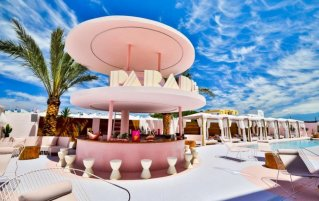 Tuin van Hotel Paradiso Art op Ibiza