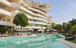 Buitenzwembad van Hotel Senatur Banus Spa aan de Costa del Sol