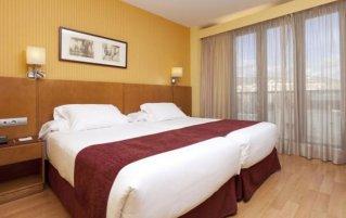 Tweepersoonskamer van Hotel Senator Granada Spa