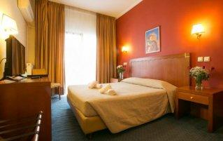 Tweepersoonskamer van Hotel Marina in Athene
