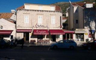 Vooraanzicht van Hotel Villa Amfora