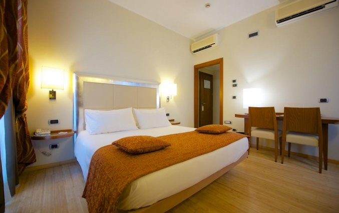 Tweepersoonskamer van hotel Best Western Crystal Palace