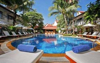 Zwembad van Resort Horizon Patong
