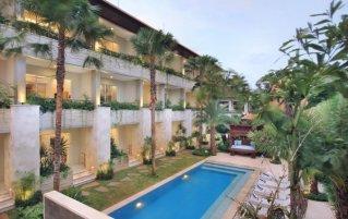Zwembad van hotel Tapa Tepi Kali in Bali