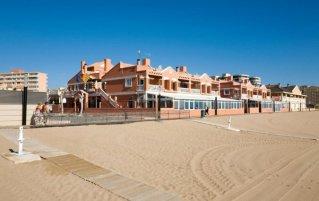 Hotel Lloyds Beach Club in Alicante