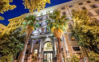 Hotel Savoy in Rome
