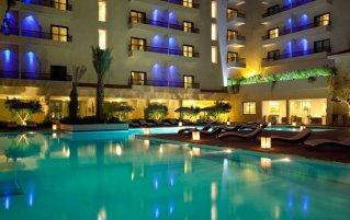Buitenzwembad van Hotel Opera Plaza in Marrakech