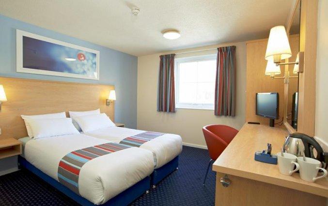 Slaapkamer van hotel Travelodge Central Waterloo Place in Edinburgh