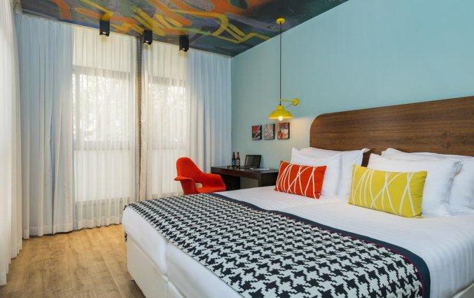 Tweepersoonskamer van hotel 75