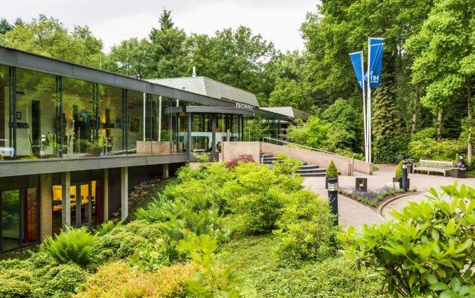 Gebouw van Hotel NH Veluwe Sparrenhorst op de Veluwe