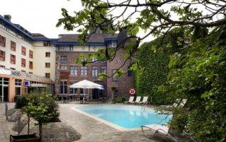 Buitenzwembad van Novotel Gent Centrum