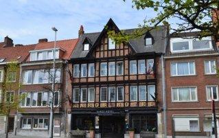 Buitenaanzicht van Hotel Floris in Brugge