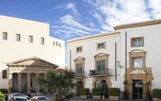 Gebouw van Hotel Palazzo Brunaccini op Sicilië