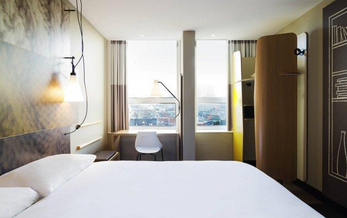 Tweepersoonskamer van hotel Ibis Den Haag City Centre in Den Haag