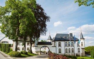 Vooraanzicht van hotel Chateau d'Urspelt