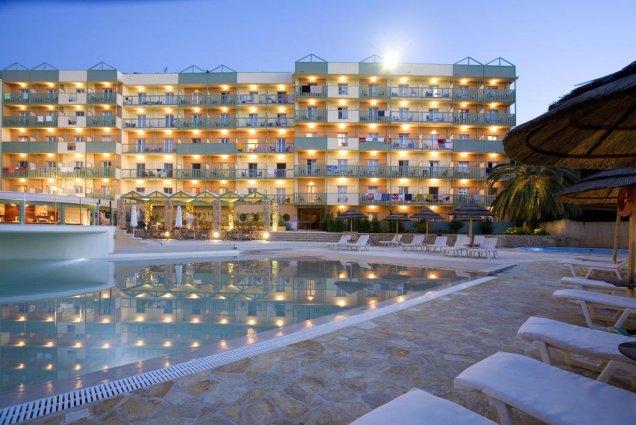 Korting Geniet van de zon op Corfu Hotel Kanoni