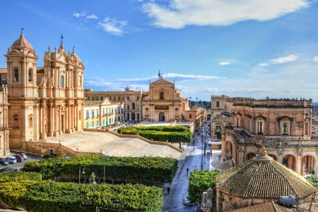 Kathedraal in Noto rondreis Sicilië