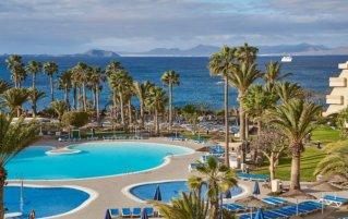 Panoramisch uitzicht vanaf Hotel Dreams Lanzarote Playa Dorada Resort & Spa