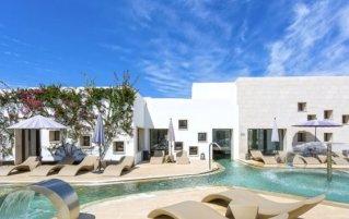 Buitenzwembad van Resort en Spa Grand Palladium op Ibiza