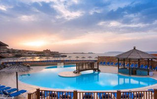 Resort The Ramla Bay 1