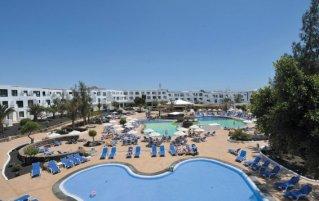 Zwembaden van Appartementen BlueBay Lanzarote