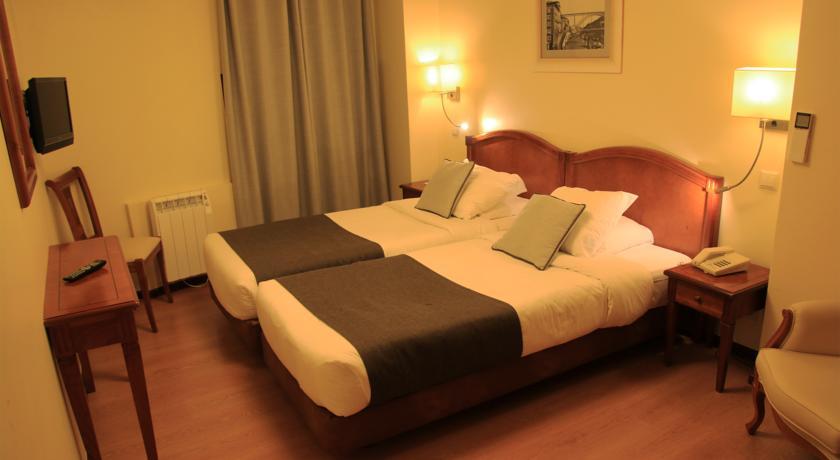 Korting Verblijf in hartje Porto Hotel Ribeira
