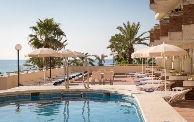 Zwembad van Hotel Top-HRoyal Sun in Santa Susanna