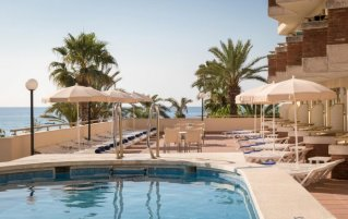 Zwembad van Hotel Top-H Royal Sun in Santa Susanna