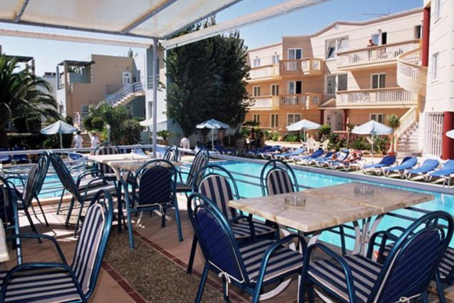 Vier de zomer op Kreta!