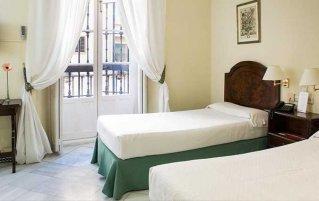 Tweepersoonskamer van Hotel Abril in Sevilla