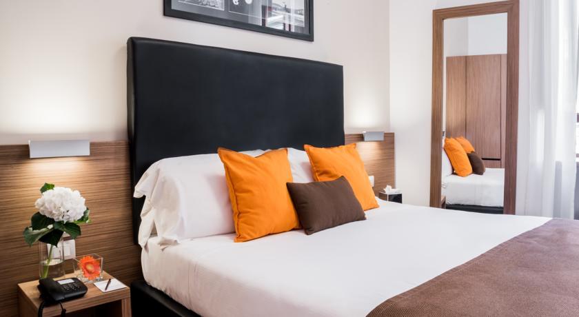 Tweepersoonskamer met tweepersoonsbed van Hotel Concordia Rome