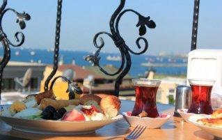 Uitzicht en ontbijt van Hotel Asmali in Istanbul