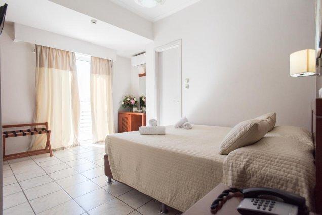 Hotel Epidavros 2