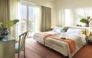 Tweepersoonskamer van Hotel Adrian in Athene