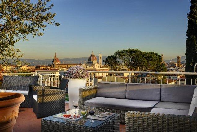 Dakterras met uitzicht van Hotel Kraft in Florence