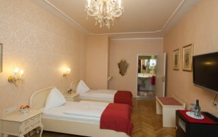 Tweepersoonskamer van Hotel Pertschy Paleis in Wenen