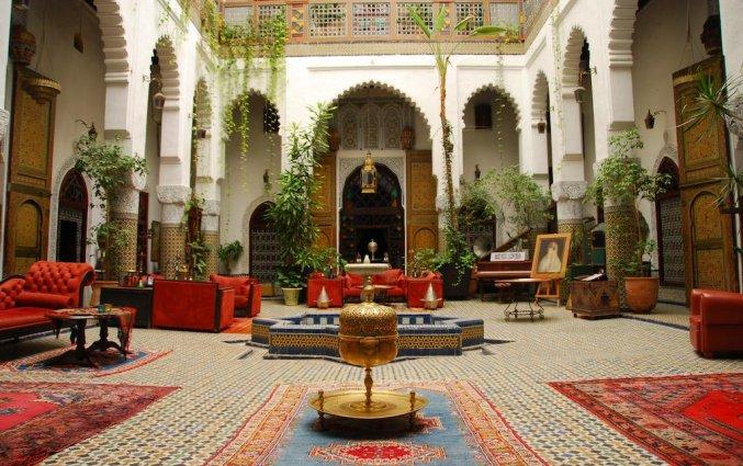 Patio van Riad Dar el Ghalia in Fez
