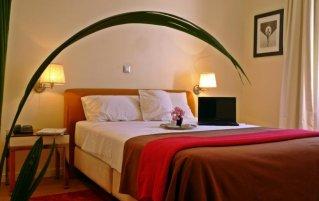 Kamer met tweepersoonsbed in hotel Semeli stedentrip Athene