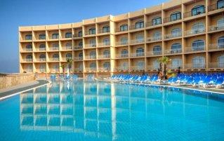 Zwembad van hotel Paradise Bay malta