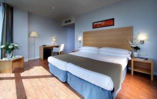 Hotel Exe Sevilla Palmera Slaapkamer