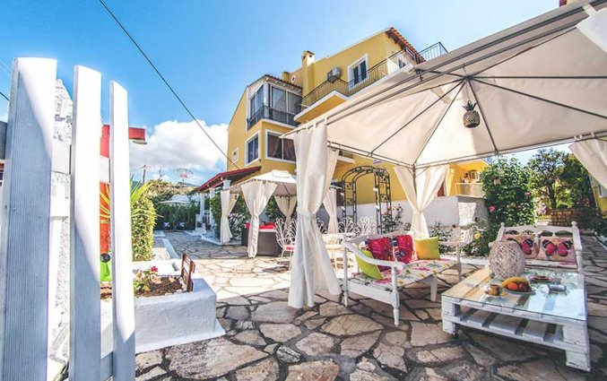 Terras van VA Boutique Apartments and Suites Corfu