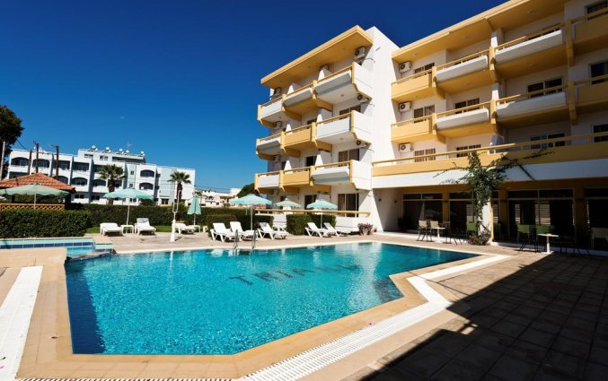 Hotel Apartmentos Trianta